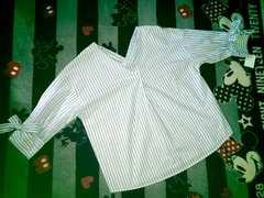 ♯新品♯袖リボン結びも可愛いシャツM