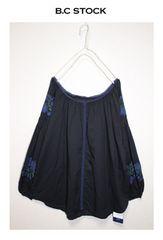 B.C STOCK*simplicite★ボリューム袖刺繍ブラウス/新品クロ