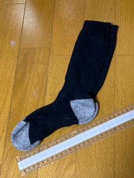 美品☆黒×グレー厚手靴下☆16cm〜18cm