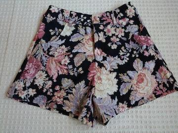 ☆ INGNI 花柄ショートパンツ☆M