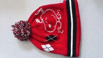 訳あり激安75%オフsnoopy、スヌーピー、ニット帽(新品、赤黒、フリー)