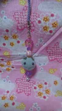 ハンドメイド♪ポンポン和菓子風ストラップ★紫★ゴマうさ