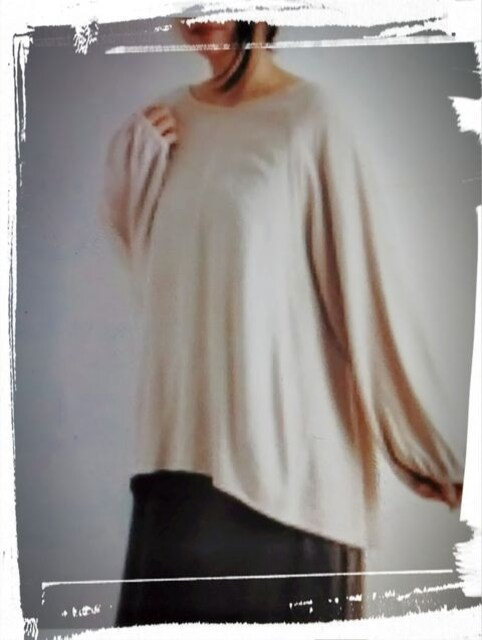 *peniphass* 織り柄 ラグランプルオーバー 新品 オフホワイト < 女性ファッションの