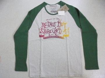 ∞在庫処分のため新品激安*色を楽しむ! かっこよくTシャツ!
