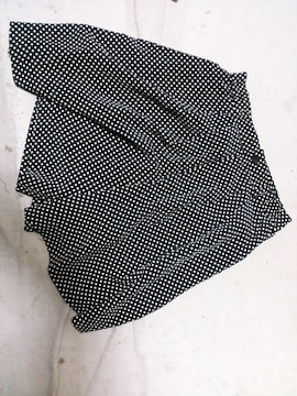 水玉ミニスカート