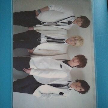 NEWS◇クリアファイル 2012〜美しい恋にするよ〜新品未開封