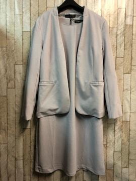 新品☆M♪グレー系のストレッチ素材のアンサンブルスーツ☆n972