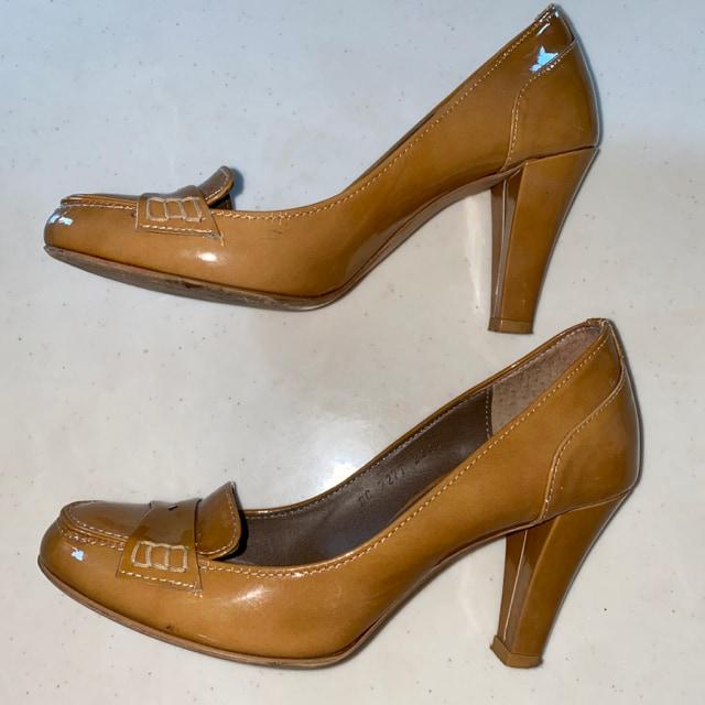 靴 ヒール 23cm 茶 ブラウン ローファー ツェルニー < 女性ファッションの